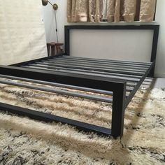 DIY Bed Frames – DIY Industrial Bed Frame Design Ideas For Inspiration – Do it yourself Welded Furniture, Iron Furniture, Steel Furniture, Industrial Furniture, Furniture Design, Industrial Bed Frame, Cama Industrial, Diy King Bed Frame, Bed Frame Plans