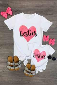 Mom & Me - Bestie Heart Tie Top Source by sparkleinpinkit and me Mommy And Me Shirt, Mommy And Me Outfits, Girl Outfits, Mother Daughter Shirts, To My Daughter, Mother Daughters, Mother Son, Mom Shirts, Cute Shirts