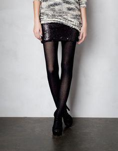 Skirt, Pull and Bear.