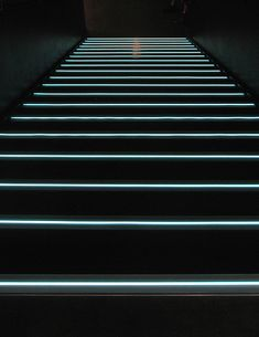 https://i.pinimg.com/236x/9b/a1/65/9ba1658087c5232663f788e5014de287--stair-nosing-studio-lighting.jpg