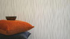 Tapeta Optic Sahel. Fot. Muraspec Throw Pillows, Home, Toss Pillows, Decorative Pillows, Decor Pillows, Scatter Cushions, Haus, Homes, Houses