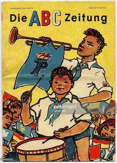 'Die ABC Zeitung' aus dem Jahr 1951, herausgegeben von der Zentralleitung der Pionierorganisation Ernst-Thälmann für junge Pioniere und Schüler der Klassen 1 - 4.