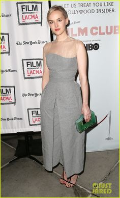 jess weixler annette bening the face of love screening 04 Jess Weixler hits the red carpet while attending a special screening for her latest film The Face of Love held at LACMA on Monday (March 3) in Los Angeles.    The…