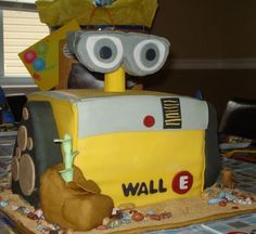 wall-e-cake6