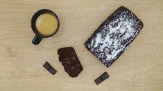 Pinky Cake, Cake Chocolat, Coco et Dattes - sans sucre ni beurre #cake #chocolatecake #gateauauchocolat #healthy #sain #nobutternosugar #sanssucre #sansbeurre #nosugar #nobutter #chocolat