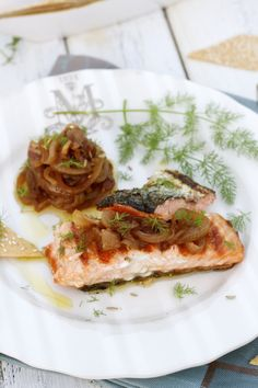 Apron and Sneakers - Cooking & Traveling in Italy: Grilled Salmon With Caramelized Onions