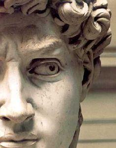 EL RENACIMIENTO >> Uno de los periodos artísticos más grandes de todos los tiempos. Fue la época de Leonardo da Vinci y Miguel Ángel, de Rafael, Tiziano, Botticelli... Podemos preguntarnos por qué todos esos grandes artistas nacieron en la misma época, aunque no se puede explicar la existencia del genio. Es mejor disfrutar de sus realizaciones. Visita nuestra web para disfrutar de esta magnífica época. #arte #historiaarte #pintura