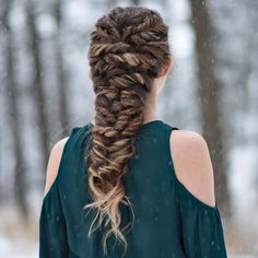 Twisted Mermaid Braid on my cousin on a very snowy day - All For Bridal Hair Elvish Hairstyles, Medieval Hairstyles, Pretty Hairstyles, Braided Hairstyles, Wedding Hairstyles, Curly Hair Styles, Natural Hair Styles, Mermaid Braid, Different Hairstyles