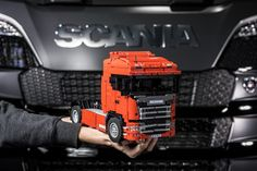 The world's first new generation Scania RC lego truck.