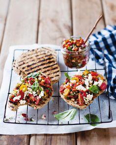 Tomaten-Feta-Salsa - smarter - Zeit: 20 Min. | eatsmarter.de