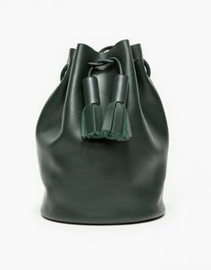 For some women, buying an authentic designer handbag is not really something to dash into. Because they bags can certainly be so high priced, women in some cases worry over their selections prior to making an actual purse purchase. Bags Online Shopping, Online Bags, Shopping Bag, Leather Tassel, Leather Bag, Womens Designer Bags, Fancy Shoes, New Handbags, Day Bag