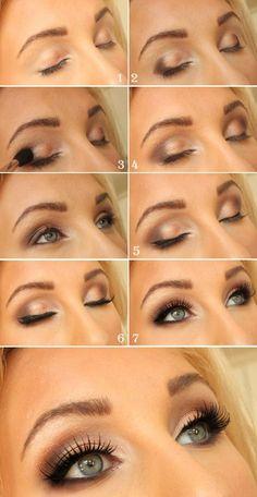 Maquillage discret, frais yeux verts/bleus