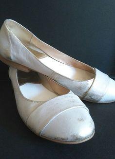 Kup mój przedmiot na #vintedpl http://www.vinted.pl/damskie-obuwie/balerinki/9201888-baleriny-bialo-zlota-patyna-stylowe-vintage-wygodne
