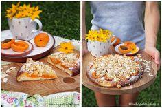 Kynuté koláče s meruňkami – PĚKNĚ VYPEČENÝ BLOG Camembert Cheese, French Toast, Tacos, Baking, Breakfast, Cake, Ethnic Recipes, Blog, Summer
