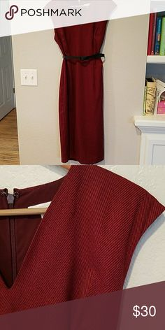 New York & Company Midi Dress This dress fits like a dream. Only worn 3 times, is comfortable and lined. Dark burgandy color. New York & Company Dresses Midi