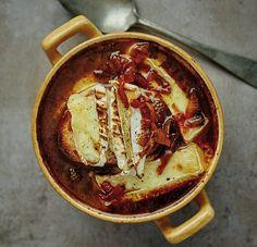 Pivní cibulačka , Foto: David Turecký / Kniha o pivu Food And Drink, Soups, Recipes, Recipies, Soup, Ripped Recipes, Recipe, Cooking Recipes, Chowder