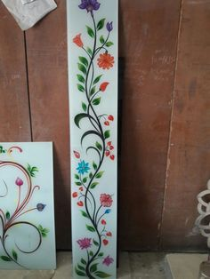 Glass Painting, Painted Doors, Glass Painting Designs, False Ceiling Design, Window Design, Ceiling Design, Door Glass Design, Glass Design, Flower Diy Crafts