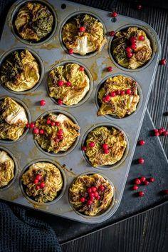 Kaalikääryleet 10 minuutissa – Perinneruokaa prkl   Meillä kotona Something Sweet, Sweet And Salty, Palak Paneer, Deli, Muffin, Food And Drink, Baking, Breakfast, Ethnic Recipes