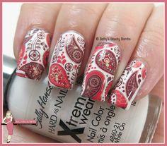 http://www.bettysbeautybombs.com/2015/07/15/born-pretty-store-water-decals-w-12/ / Paisley Nail Art