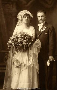 Stunning large vintage Wedding photo 1920s bride & groom