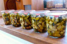 Zucchini einmachen – Zucchinischwemme haltbar machen! - Wurzelwerk