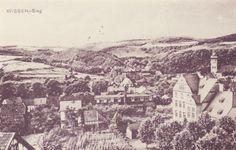1920 - Etwa im Bereich des Gartens im Vordergrund, da wo das Klohäuschen steht, wurde später der `evangelische` Teil der Volksschule gebaut. - JMW