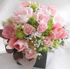 Google Image Result for http://3.bp.blogspot.com/_HP5PABD1mDc/Sk8i39RyhQI/AAAAAAAAAF8/BEZxsd7osYc/s320/basket_PINK-flower-arrangements.jpg