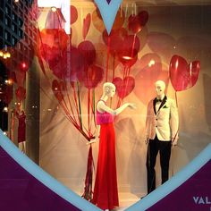 """MACY'S,State Street,Chicago, Illinois, """"Listen George...I am on a diet so you can buy me diamonds instead of candy this Valentine's Day"""", photo by Sylvia Q., pinned by Ton van der Veer"""