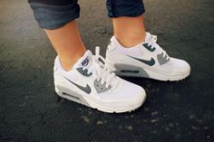 Nike Air Max for Women #Nike #AirMax #GreyandWhite love!!!!!