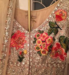 Designer Wear, Fashion Outfits, Womens Fashion, Indian Textiles, Indian Fashion, Floral Tops, Embroidery, Suits, Dress Codes