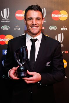 Dan Carter receives World Rugby's Player of the Year award