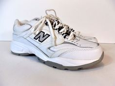 New Balance Womens 407 Athletic Shoes size 8.5