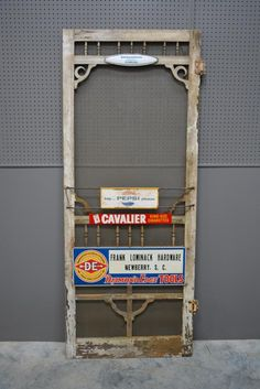 General Store Advertising Screen Door 80 x 32 Country Store Display, Old Country Stores, Diy Ladder, Ladder Decor, Vintage Screen Doors, Vintage Home Decor, Vintage Style, Shabby Chic Homes, General Store