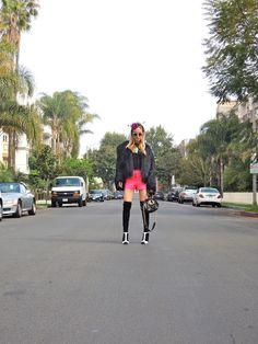#fashion #style #fashionblogger #fashionstylist #elshane #styledbyelshane #lalalollipop #DVF #KeepMe #KellyWearstler #topshop #SergioRossi #Dolce&Gabbana #vintage #sunglasses #DIY #headpiece #popofcolor #fur #shorts #boots #streetwear