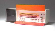 Raymond Loewy's radio designed in 1968 - Nordmende Spectra Futura Raymond Loewy, Radio Design, Diy Workshop, Vending Machine, Space Age, Retro Futurism, Industrial Design, Design Inspiration, Simple