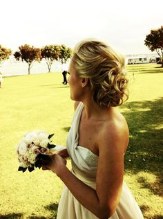 Gorgeous Sera Lilly wedding gown x