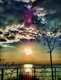 """""""Clouds come floating into my life, no longer to carry rain or to usher storms, but to add color to my sunset sky. Beautiful Sunset, Beautiful World, Beautiful Images, Beautiful Beaches, All Nature, Amazing Nature, Photos Voyages, Jolie Photo, Pics Art"""