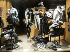 Donne! Ecco qualche idea per il vostro shopping di Ferragosto: le borse di Gianni Chiarini (vera pelle - Made in Italy) e sneakers di Cryme London! Ingolositevi.. #giannichiarini #borse #crymelondon #sneakers #nuoviarrivi #fw16 #followthebuyer #fashion #instafashion #instamood #instablogger #Moena #Dolomiti #Valdifassa #LSF #ladinsport