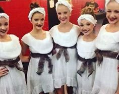 Kendall Vertes, Brooke and Paige Hyland, Maddie Ziegler and Chloe Lukasiak of Dance Moms. Watch Dance Moms, Dance Moms Girls, Dance Moms Costumes, Group Costumes, Brooke And Paige Hyland, Dance Mums, Group Dance, Chloe Lukasiak, Kendall Vertes