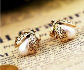 Gold Pearls Insect Stud Earrings #SheInside