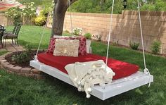 13 Projects for Backyard Relaxation – The Garden Glove Diy Backyard Fence, Diy Fence, Backyard Retreat, Backyard Ideas, Backyard Pools, Diy Garden Projects, Outdoor Projects, Outdoor Decor, Garden Ideas