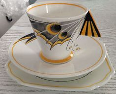 Shelley China Mode Vogue Trio Art Deco Butterfly wing Solid Handle RARE