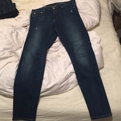 GAP Resolution True Skinny High Rise Jeans GAP Resolution True Skinny High Rise Jeans; worn less than 10 times; machine washed and air-dry; no signs of wear/tear & no piling at thigh; stretchy & comfortable; great condition, just not favorite pair of jeans; no trades & no PP! GAP Jeans Skinny