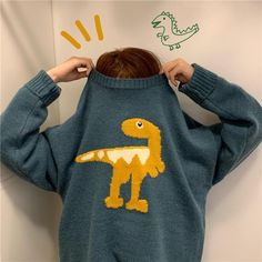 Dinosaur Sweater, Dinosaur Outfit, Mode Ulzzang, Casual Outfits, Fashion Outfits, Grunge Outfits, Sweater Outfits, Look Plus, Cute Sweaters