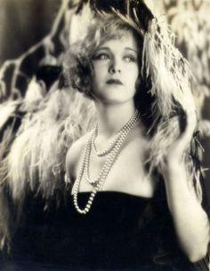 Esther Ralston 1927