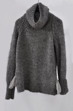 comfortable alpaca/wool/acrylic sweater w/ 100% silk pockets + a big roll collar + cuffs • humanoid