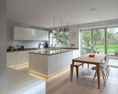 Modern Kitchen Interiors, Contemporary Kitchen Design, Modern Farmhouse Kitchens, Interior Design Kitchen, Modern Contemporary, Kitchen Modern, Kitchen Designs, Timeless Kitchen, Minimalist Kitchen