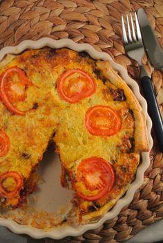 Hartige bolognese taart met gehakt, kaas en tomaat - Lekker en Simpel