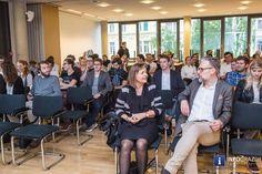 Grazer Wirtschaftsgespräche im RESOWI Zentrum mit Prof. Peter Filzmaier und Prof. Alfred Gutschelhofer - 023 Austria, Graz, Centre, Economics, Politics, Felting