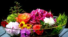 Bildergebnis für sommerblumen Bouquet Tattoo, Tattoo Project, Bright Colors, Delicate, Pastel, Flowers, Plants, Summer Flowers, Pictures
